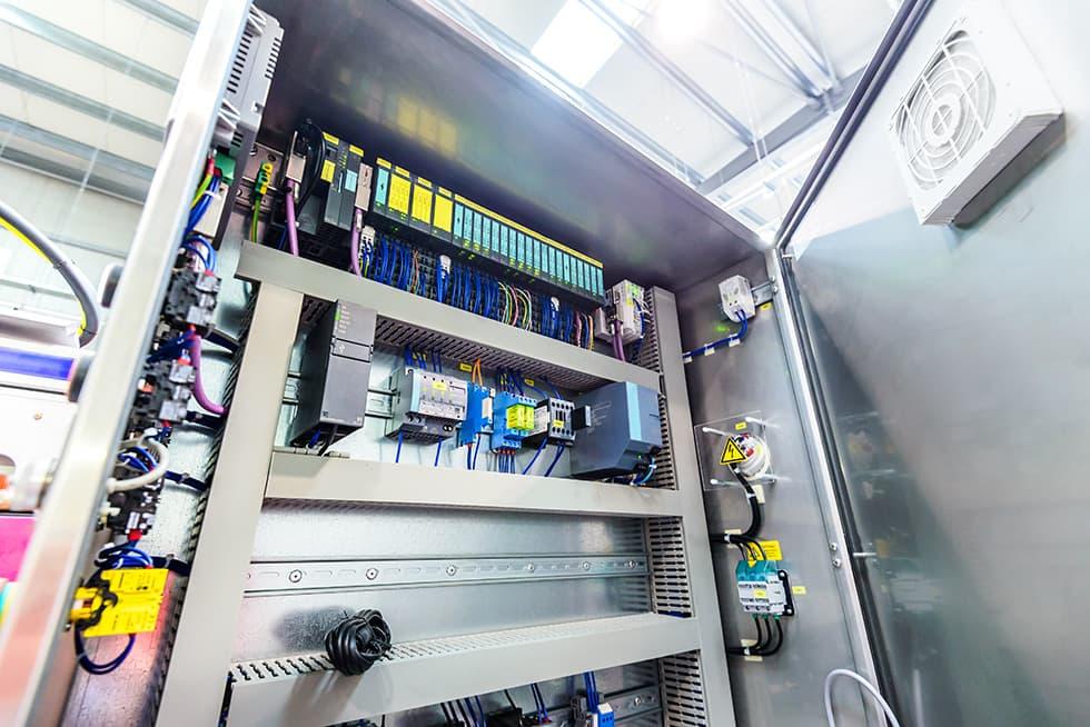 SEIA Électronique - réparation électronique industrielle d'alimentation, onduleurs, appareils de mesure, machine à outils